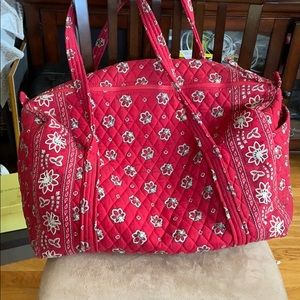 Great condition vintage Vera Bradley red bandana.